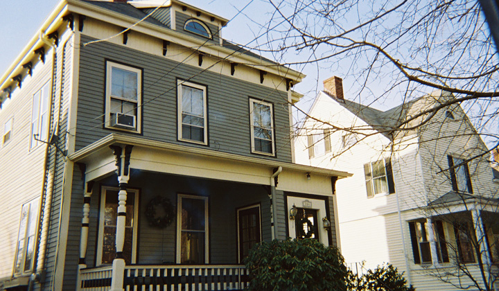 http://www.schpainting.com/before-after-images/ma/melrose-mass/194-Cottage-Street/001.jpg